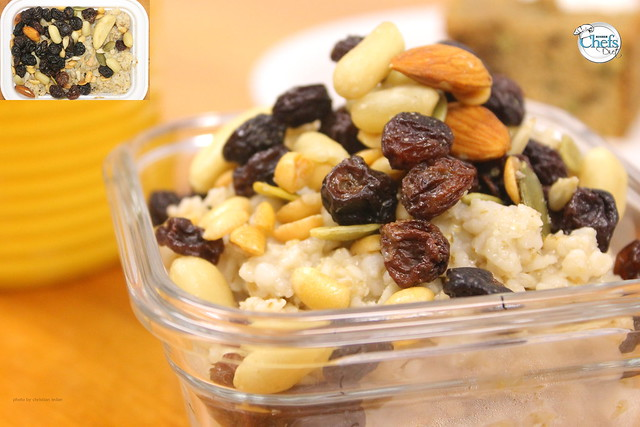 Power Oatmeal with Dried Fruit and Nuts | Flickr - Photo Sharing!