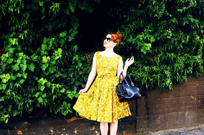 vintage-yellow-floral a