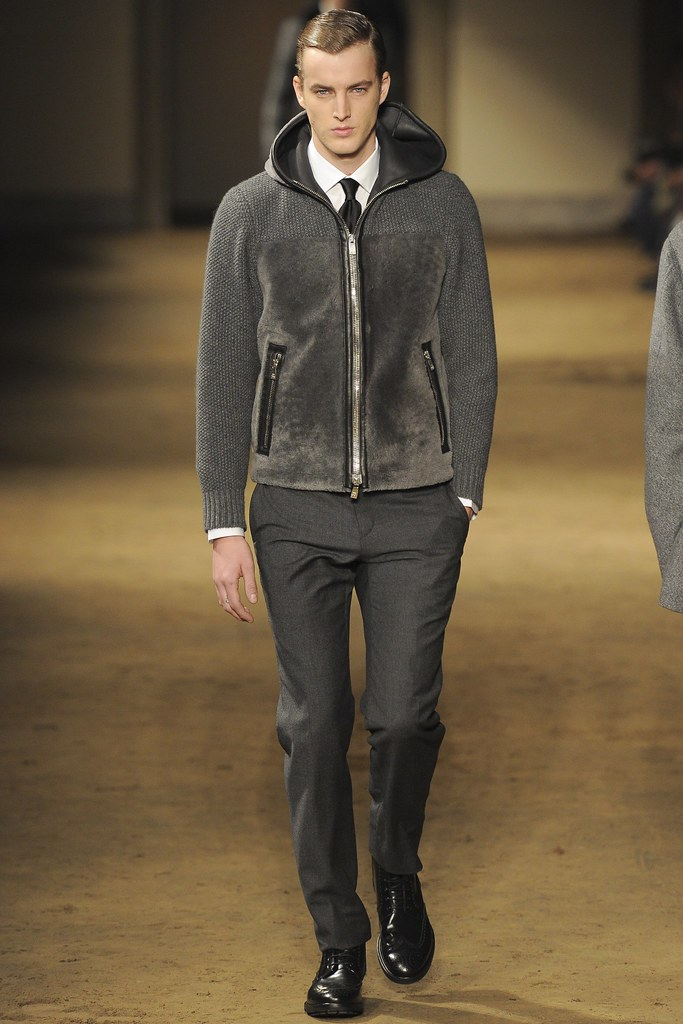 FW14 Milan Corneliani028_James Smith(VOGUE)