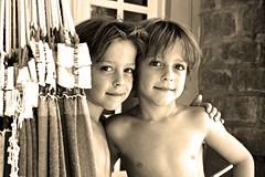 Crianças - Niños- children - Kids