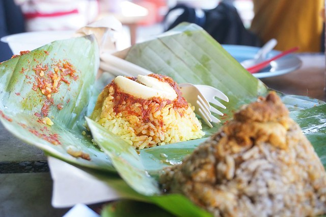 Halal breakfast in Penang Astaka Taman Tun Sardon-010