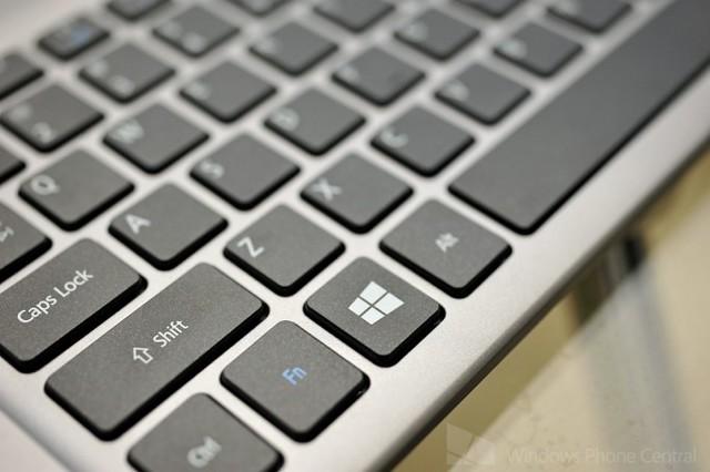 R7 Keyboard
