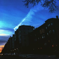#crownheights #dusk #goldenhour #brooklyn #newyorkcity #fiveboroughs #like4like #likeforlike #gothamcity #architecturephotography #asseenonmywalk