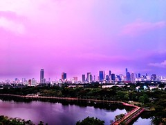 Caught a beautiful #sunrise #sky this morning - #bangkok doesn't usually have this beautiful #pink glow at 6am!