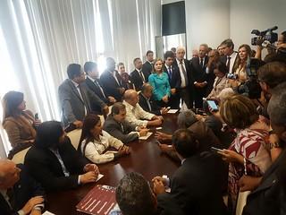 Reunião no Senado para discutir reformas do governo