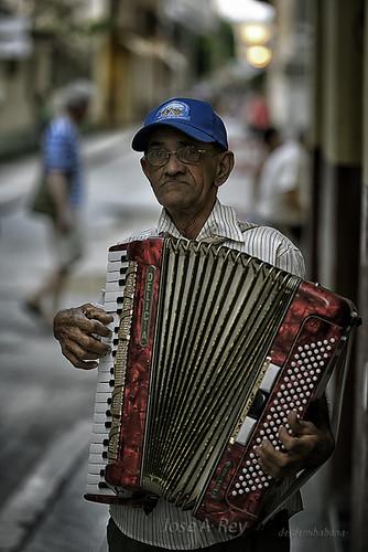 La delicia by Rey Cuba