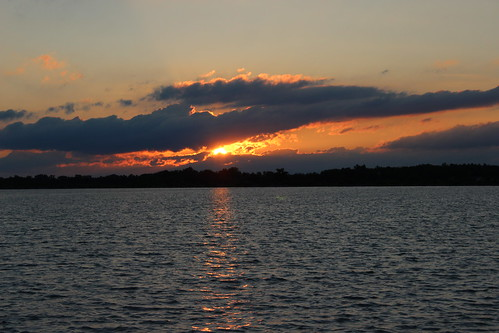 IMG_0677_Sunset_at_Reservoir
