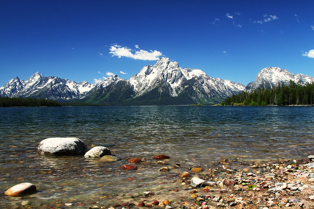 Lakeshore Trail: Grand Teton National Park