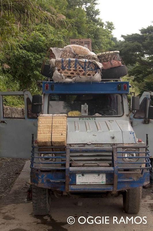 Tinglayan - Jeepney from Tabuk