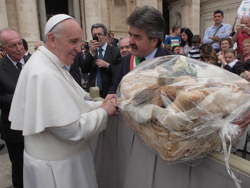 Papa Bergoglio e Marchetti 2