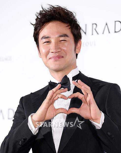 KOREAN ACTORS MARRIED (9)