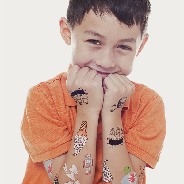 tattly_kids_set_raul_jr_web_applied_01_grande