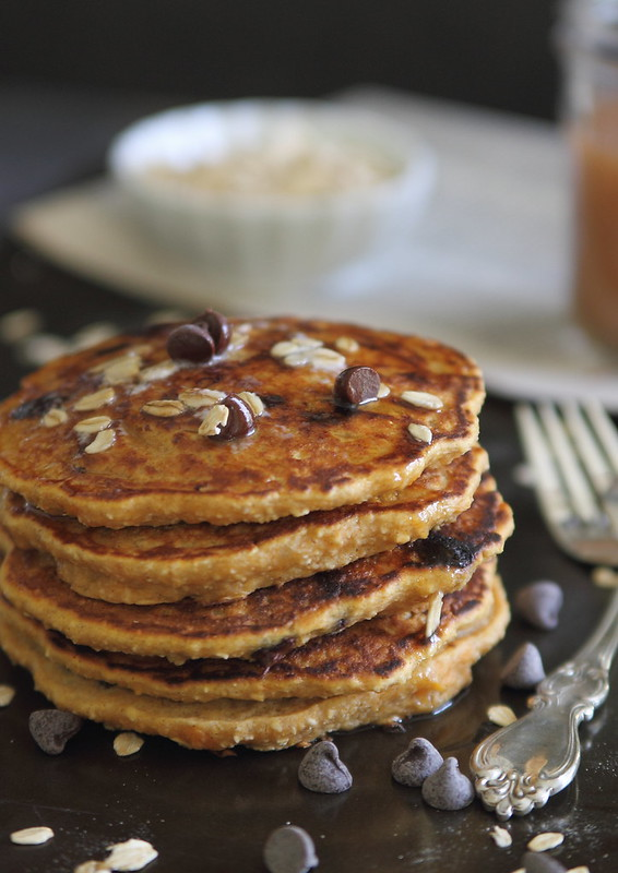 Sweet potato oat chocolate chip pancakes | runningtothekitchen.com