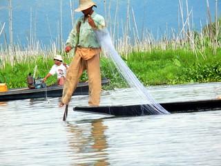 Inle Lake one leg fisherman near floating garden 1