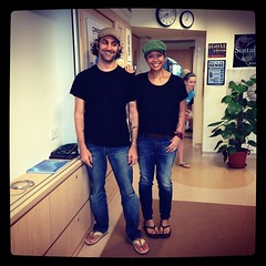 It's twin day for #spiritweek @ #uwcsea_east and am with my doppelgänger-ish. @intrepidteacher