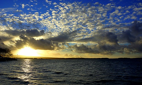 uk winter light sea sky sun seascape colour beauty sunshine weather clouds december waves afternoon dorset purbeck stevemaskell pooleharbour 2013 brandsbay cal14