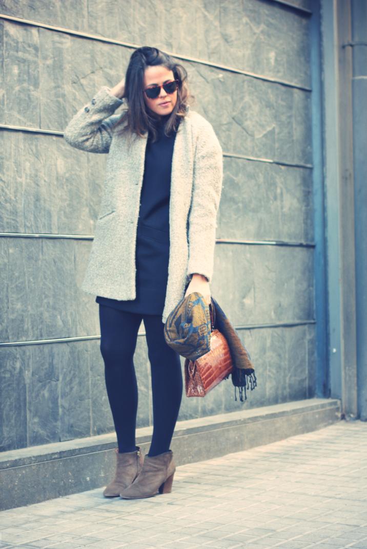 Look LBD + vintage bag