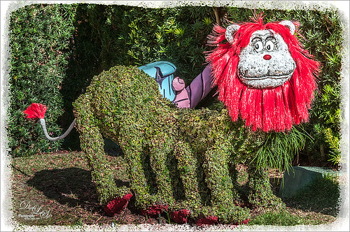 Image of a Lion Topiary at Universal Studios Dr. Seuss Landing