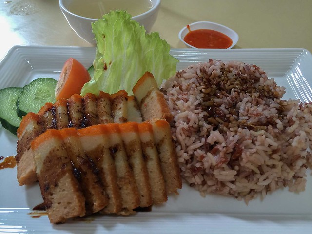 onn_kallang_roasted_meat_rice
