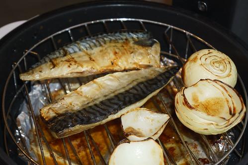 第二次改為燒魚就成功了~ 洋葱也很甜
