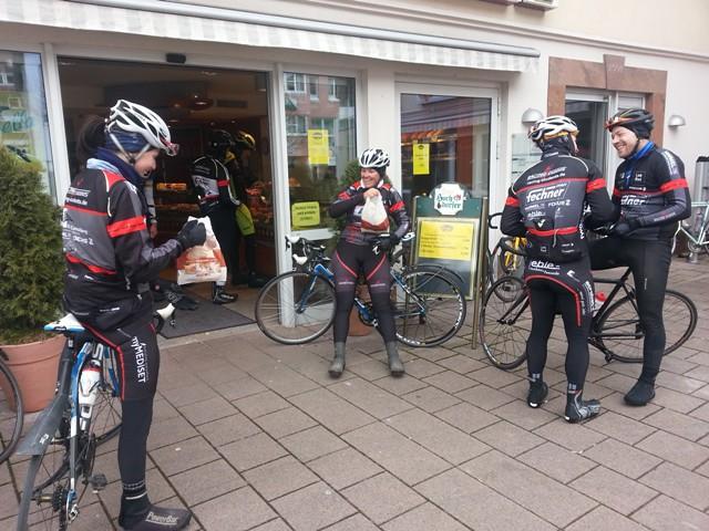 Viel Spass hatten Männer und Frauenteam der RACING STUDENTS beim letzten Teamwochenende in Pforzheim_Foto Team