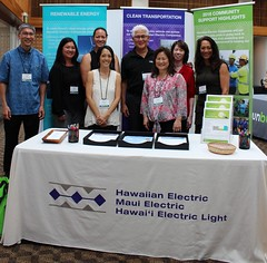 Hawaiian Electric Companies at the Maui Energy Conference - March 22 - 24, 2017: Group photo at our companies' booth