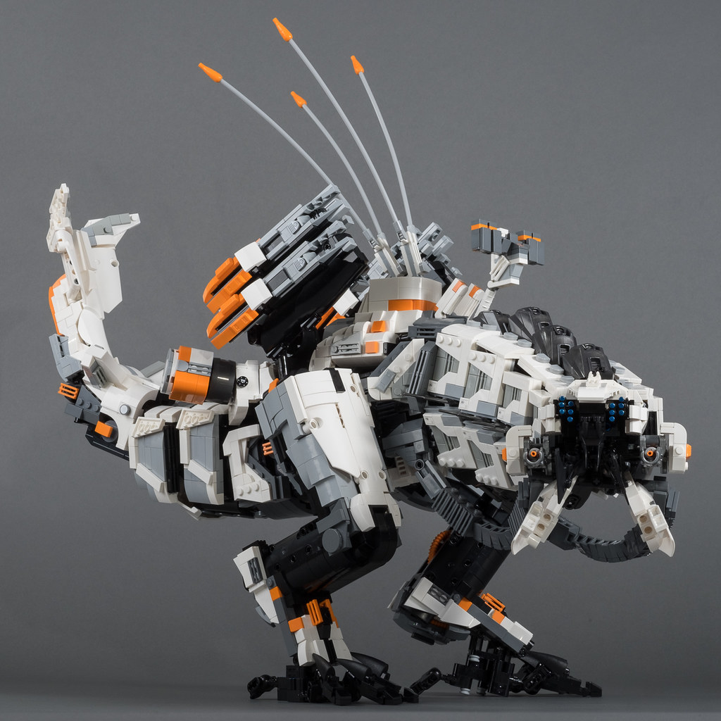 Thunderjaw (2nd Edition) (custom built Lego model)