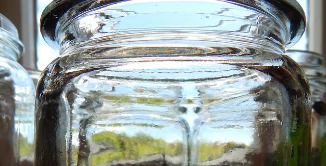 Jar top, Nikon COOLPIX L830