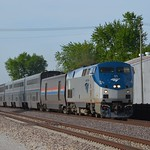 The+Texas+Eagle+%2C+Train+22%2C+rockets+by+at+high+speed%2C+Virden+Illinois