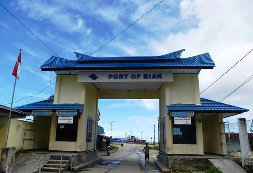 Papoua13-Biak- Ville-Port (5)1