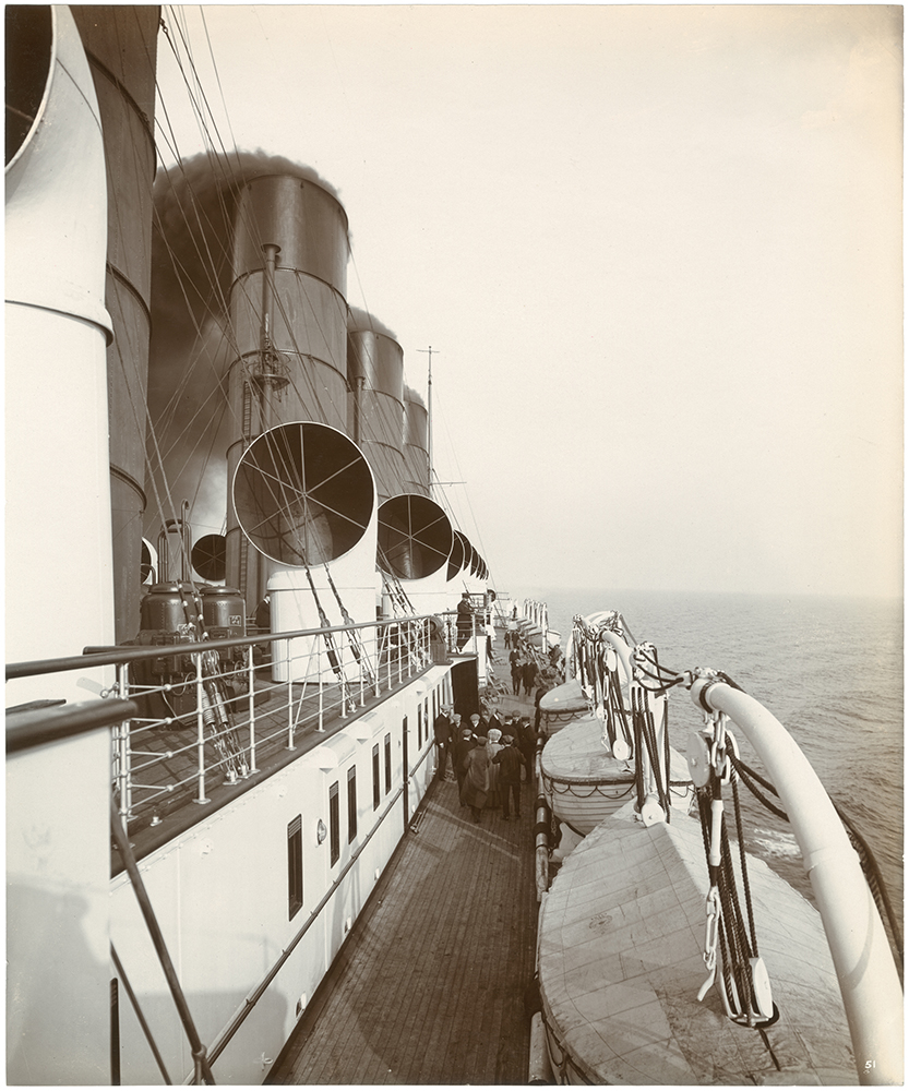 [First class promenade on the boat deck]