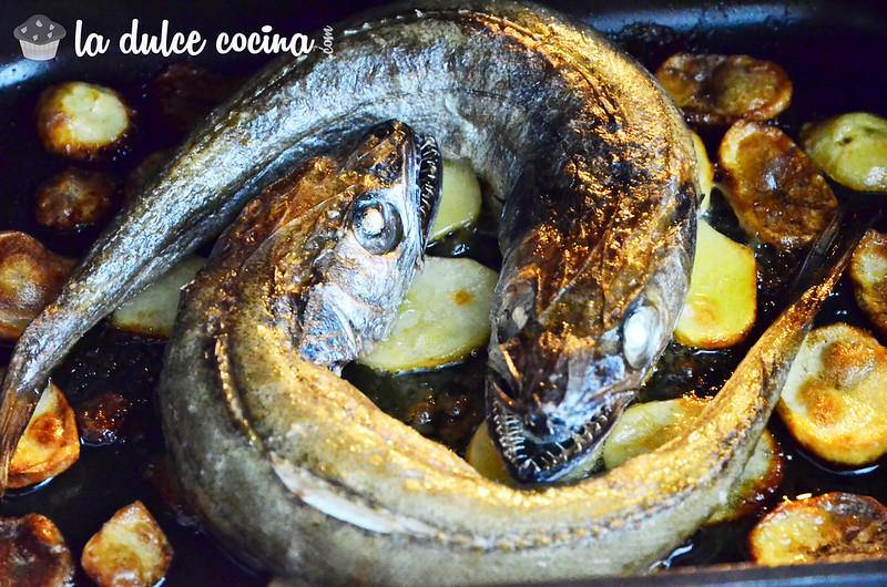Pescadillas al horno con patatas