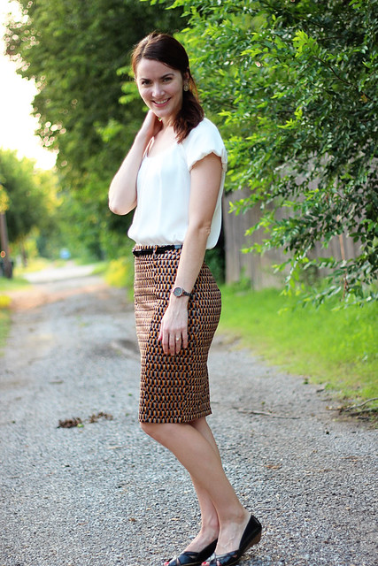 patterned-pencil-skirt-silk-blouse-3