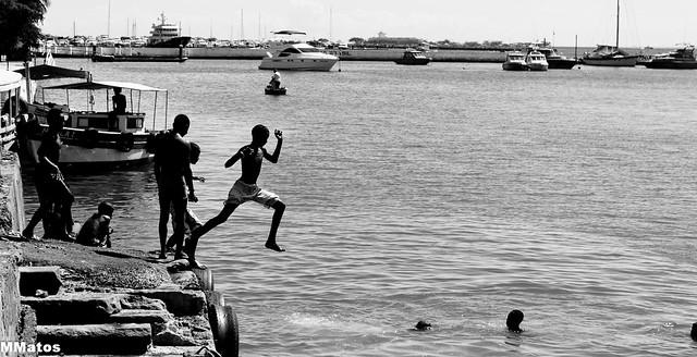 Boys @ the sea 1