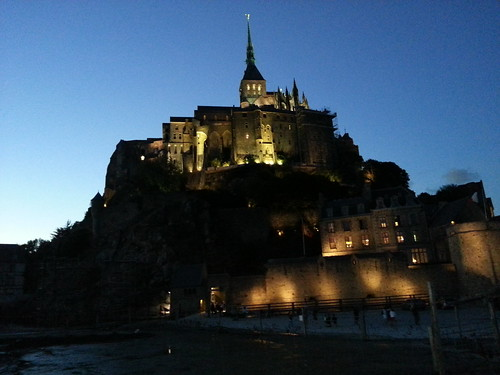 Nuit. Mont St Michel by despod