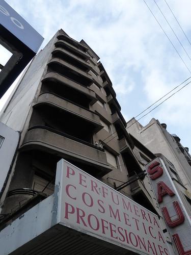 1625 Avenida 18 de Julio, Montevideo