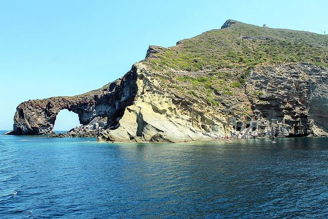 Isole Eolie, Salina (Arco e Baia di Pollara)______Eolie islands, Salina (Arco and Pollara Bay)