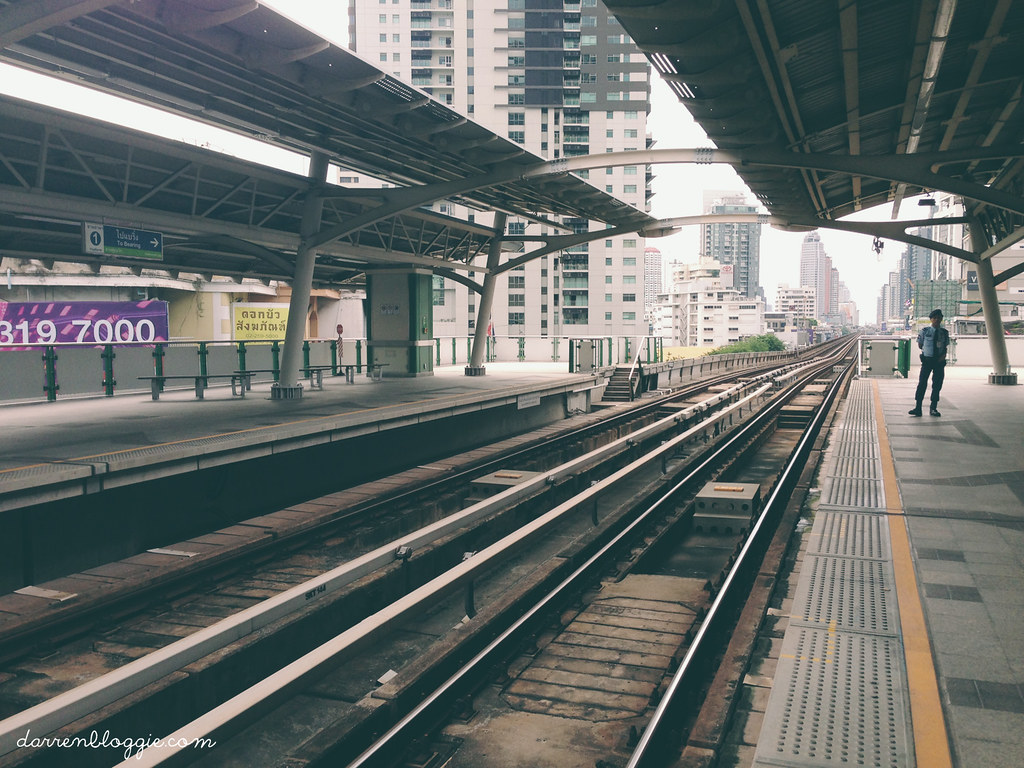 A Short Trip to Bangkok Before A Brand New Start by darrenbloggie