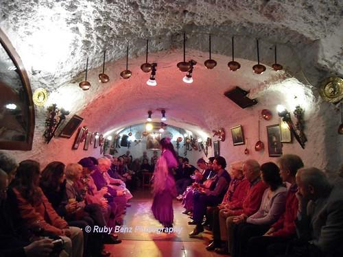 Spain.ElAlbayzin.DSC07085.flamenco show