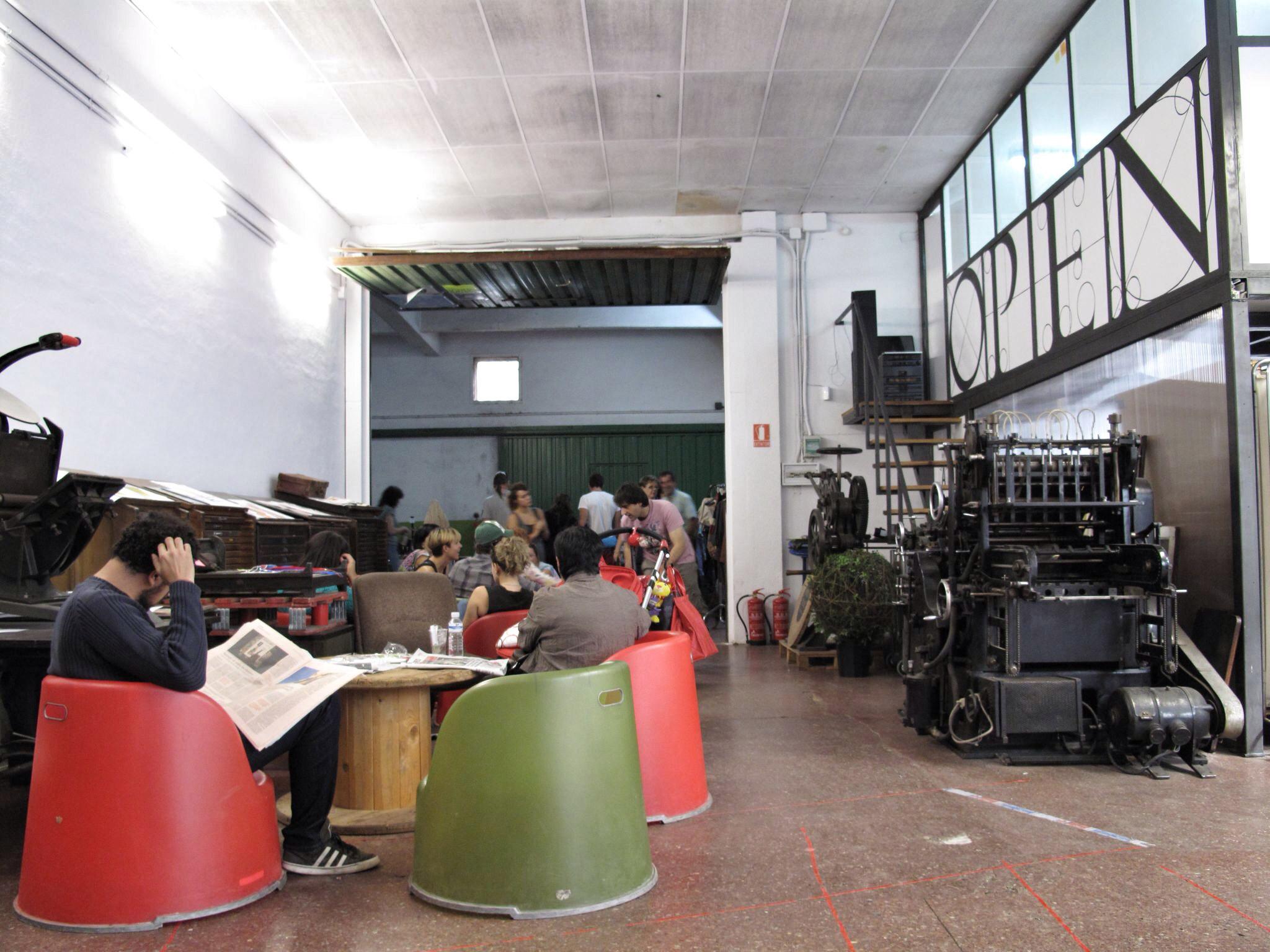 fábrica artiach_reutilización_espacio open_open kolectiboa