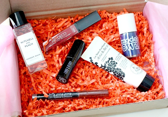 November Love Me Beauty Box 2