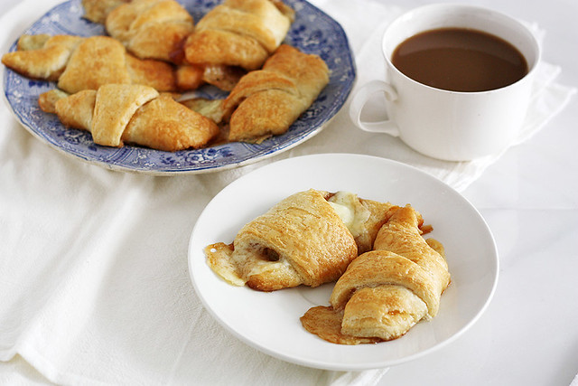 brown butter apple cheddar pie crescent rolls
