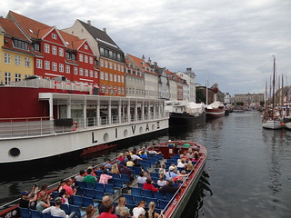 Colourful Nyhavn and canal cruise