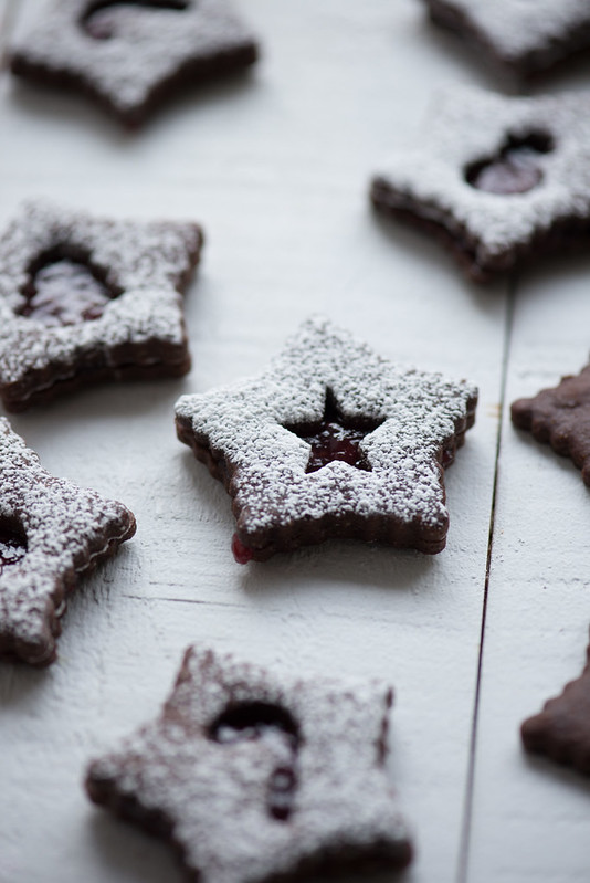 11363285186 ae3f1a4062 c Chocolate Raspberry Linzer Cookies