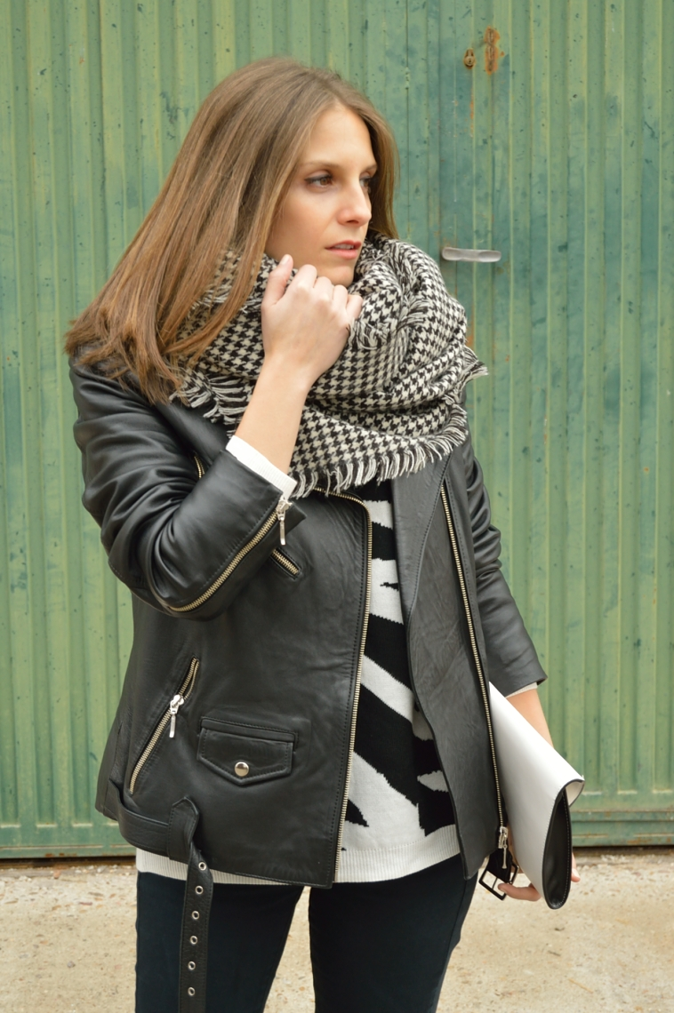 lara-vazquez-madlula-perfecto-jacket-outfit-fashion-blog