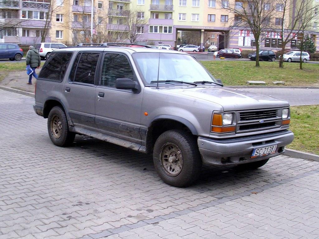 Ford Explorer I