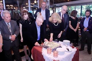Η Πίτα των Ηπειρωτών Ενωση Ηπειρωτών Νέας Σμύρνης - Παλαιού Φαλήρου