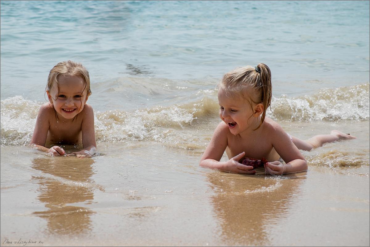 Как фотографировать детей на пляже