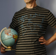 diy world map t-shirt with tutorial