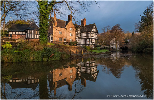 Packet House Bridgewater Canal Worsley. Feb 2014.